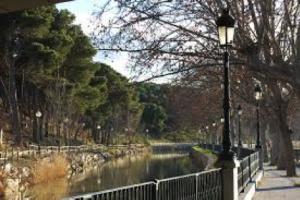 Casa de Compuertas del Bocal en el Canal Imperial de Aragón