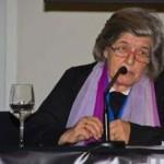 Dña Mariqueta Vázquez, Presidenta de la Asoc. de Mujeres por un Envejecimiento Saludable, durante su intervención.