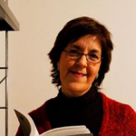 M Esther López