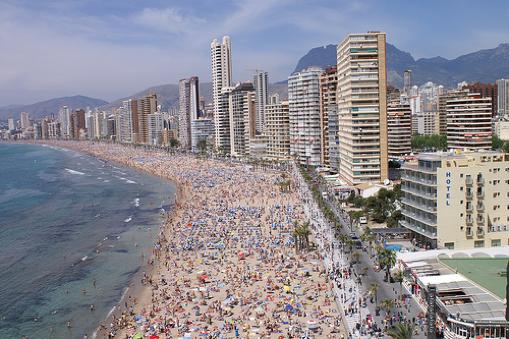 Playas de Benidorm en pleno auge turístico
